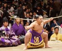 知って納得!大相撲の弓取り式