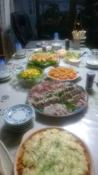 豪華な料理の数々に感動のお家飲み会☆