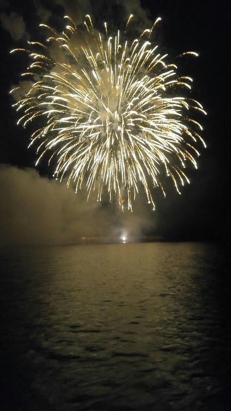 年に一度の大イベント!島の夏祭り!花火大会!