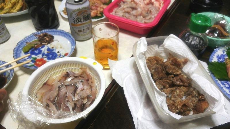台風の日は、漁師さん宅飲み!!