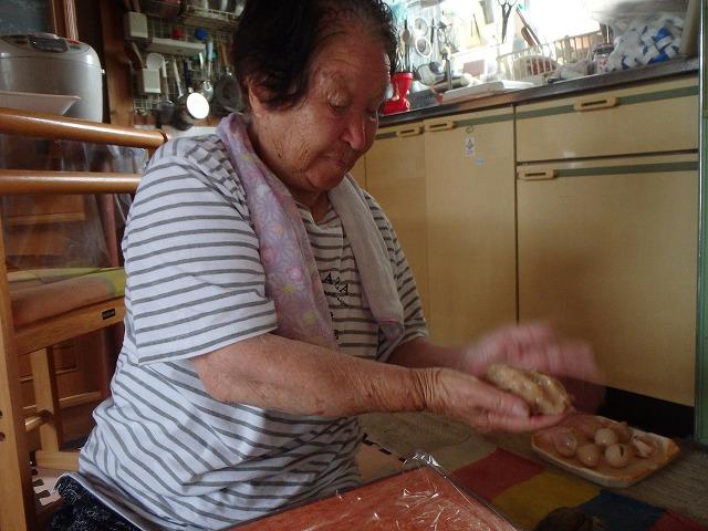 「大島」のお母さんの絶品!手作りアジかまぼこ