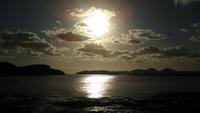気持ちが良い朝日で1日が始まる島暮らしの朝。